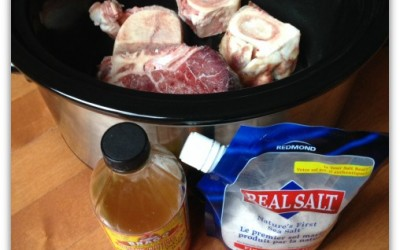 Bone Broth Recipe Using 1 of my Favourite Kitchen Appliances – Slow Cooker